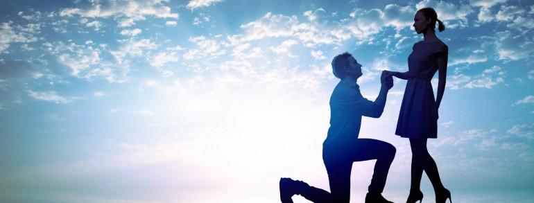 אהבה בשחקים – הצעת נישואין רומנטית
